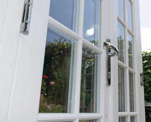 French door handle and hinge